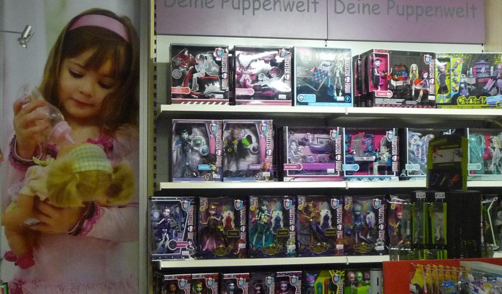 Spielwaren Puppenwelt